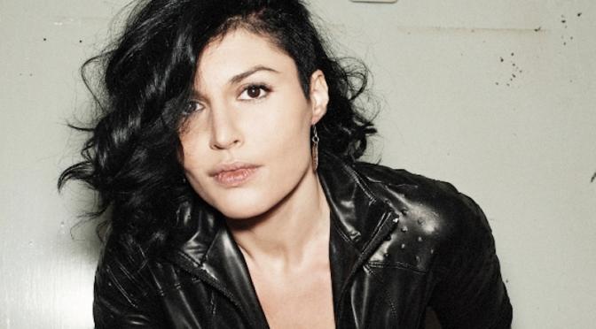 """Da domani in radio """"La bevanda ha un retrogusto amaro"""", il nuovo singolo di Giusy Ferreri"""