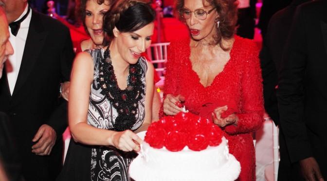 Laura Pausini festeggia gli 80 anni di Sophia Loren