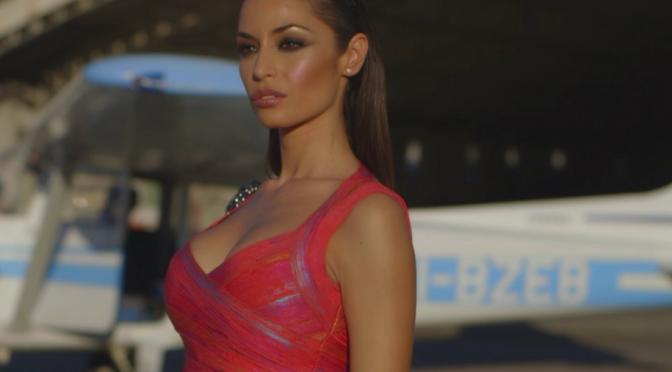 """Raffaella Fico, nuovo singolo """"Déjà Vu"""" e video interattivo con finale a scelta"""