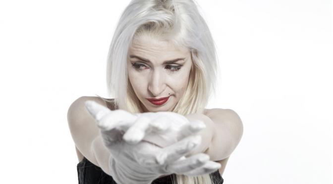 """Romina Falconi, in arrivo l'EP """"Un filo d'odio"""""""
