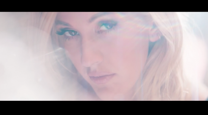 "Ellie Goulding, uscito il video di ""Love Me Like You Do"""
