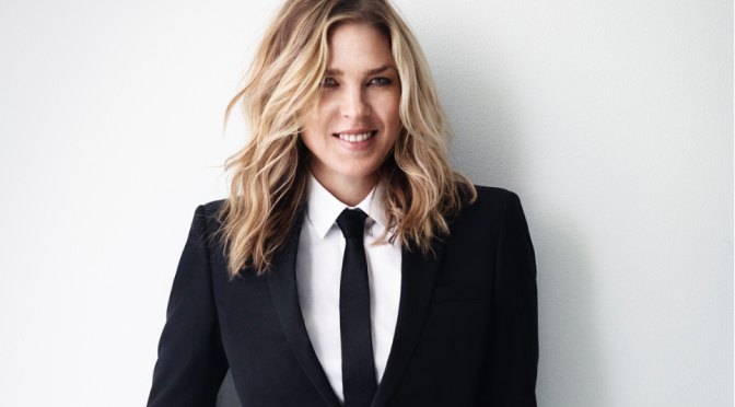 "Diana Krall rilegge i grandi classici pop in ""Wallflower"""