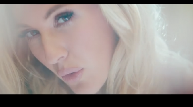 "Ellie Goulding: ""Love Me Like You Do"" è il brano più ascoltato in streaming al mondo"