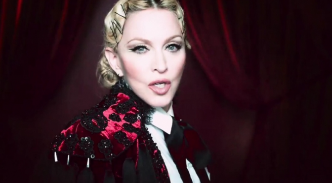 "Madonna torera per il video di ""Living For Love"""
