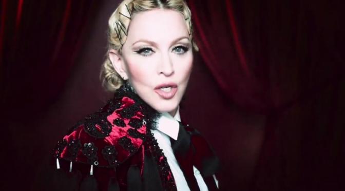 """Madonna torera per il video di """"Living For Love"""""""