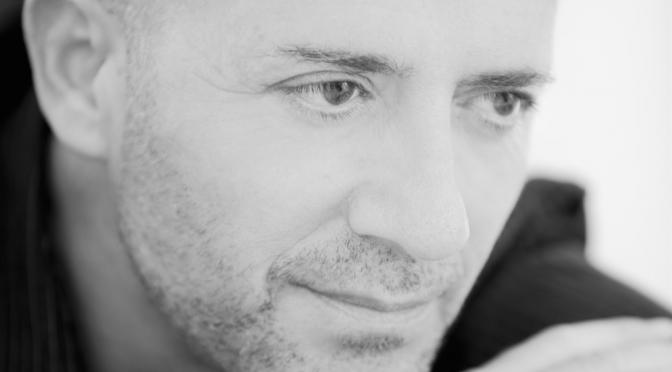 """Raf a Sanremo con """"Come una favola"""". Nuovo album ad aprile"""