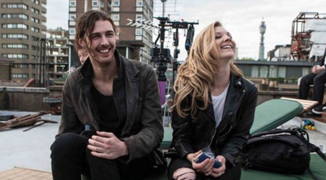 "Hozier: Natalie Dormer de ""Il trono di spade"" nel video di ""Someone New"""