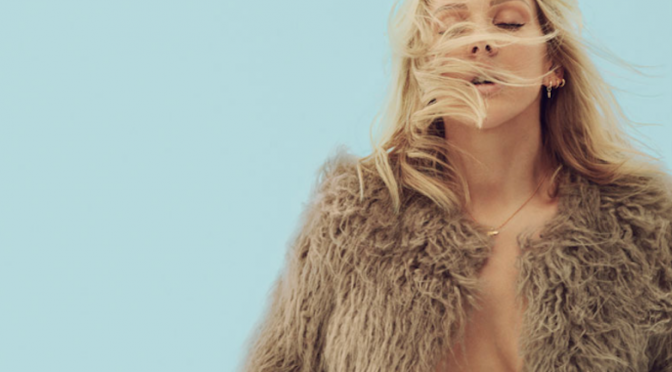 "Ellie Goulding: ascolta il singolo ""On My Mind"""