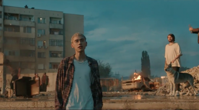 "Years & Years, uscito il video di ""Eyes Shut"""