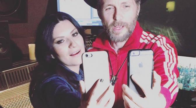 "Jovanotti firma ""Innamorata"" per Laura Pausini"