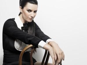 Laura Pausini Simili