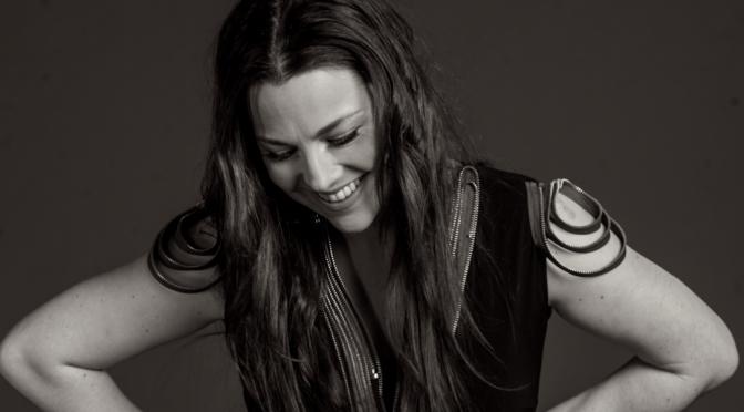 Amy Lee rilegge 'L'amore esiste' di Francesca Michielin