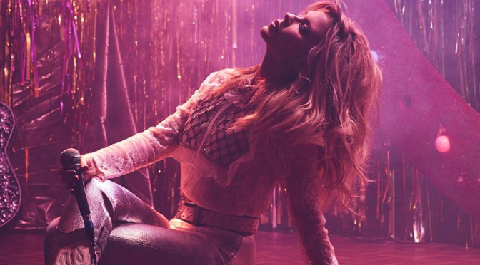 Kylie Minogue, con 'Dancing' in scena fino all'ultimo respiro