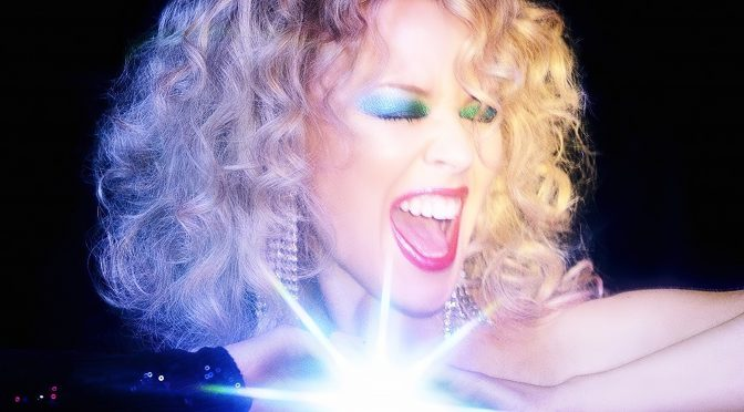 Say Something: la disco galattica di Kylie Minogue