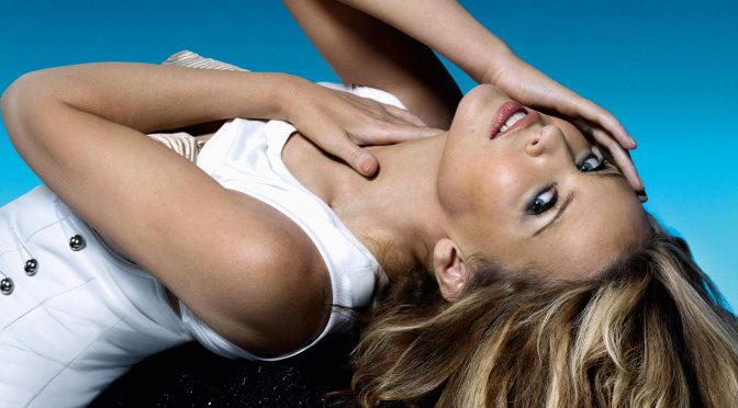 Kylie Minogue: 10 anni di Get Outta My Way