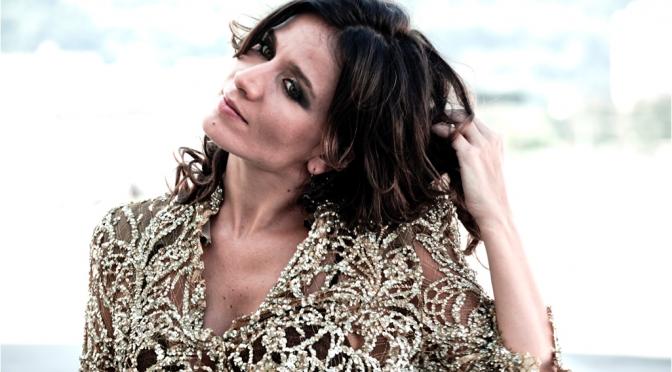 """Chiara Civello rivisita i Subsonica nel nuovo singolo """"Incantevole"""""""