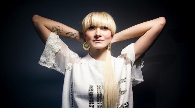 Veronica De Simone: «La musica e il mio istinto mi hanno salvato la vita»