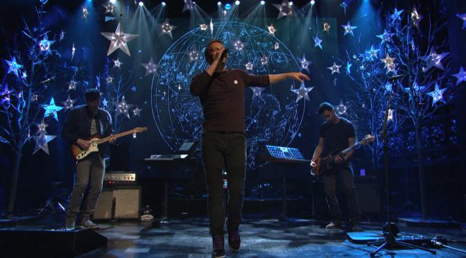 """Coldplay: """"A Sky Full Of Stars"""" è il singolo più venduto della settimana in Italia"""