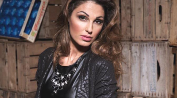 """Anna Tatangelo, una Muchacha """"Libera"""" a Sanremo. Dal 12 febbraio l'album"""