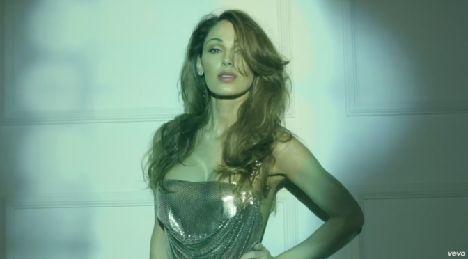 "Anna Tatangelo, una popstar ""Inafferrabile"""