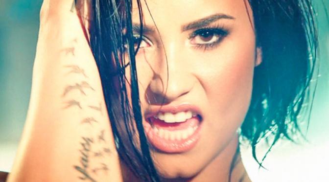 """Demi Lovato: action movie per il video di """"Confident"""""""