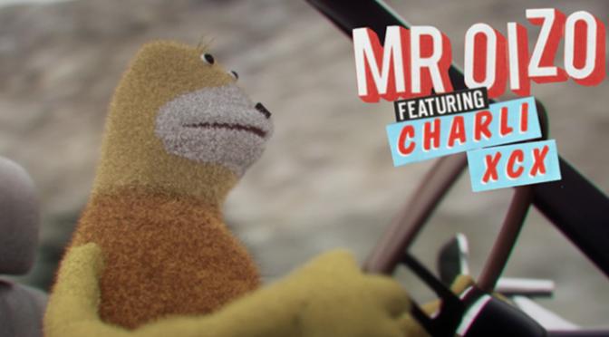 Mr. Oizo: torna il pupazzo Flat Eric (con Charli XCX)