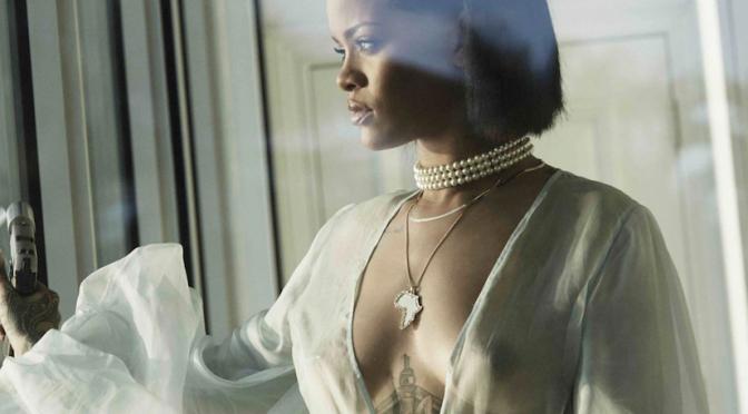 """Rihanna batte i Beatles e pubblica il video di """"Needed Me"""""""