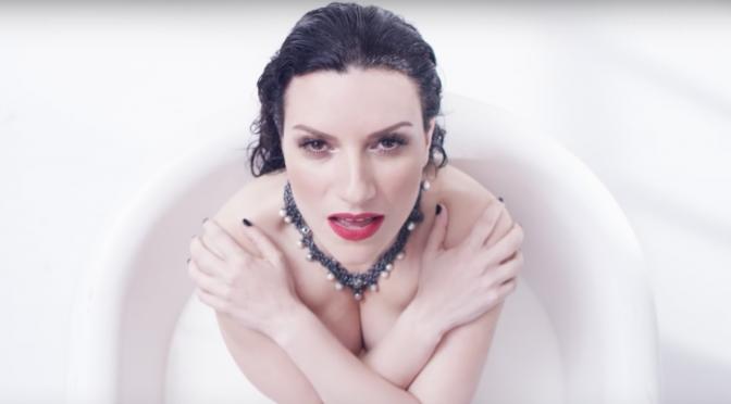 """""""Ho creduto a me"""", nuovo video per Laura Pausini"""