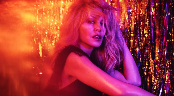 Kylie Minogue, 'Stop Me From Falling' e la sorpresa che non ti aspetti