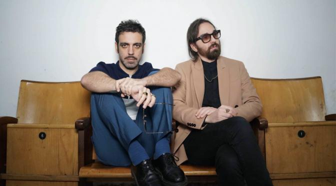 Colapesce e Dimartino cantano la Sicilia in 'Luna araba' con Carmen Consoli